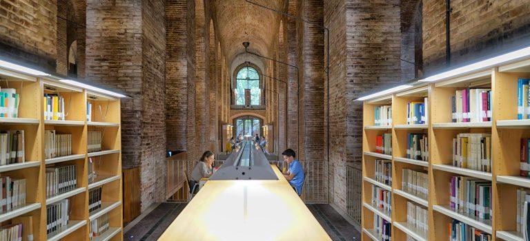 Bibliothek Barcelona